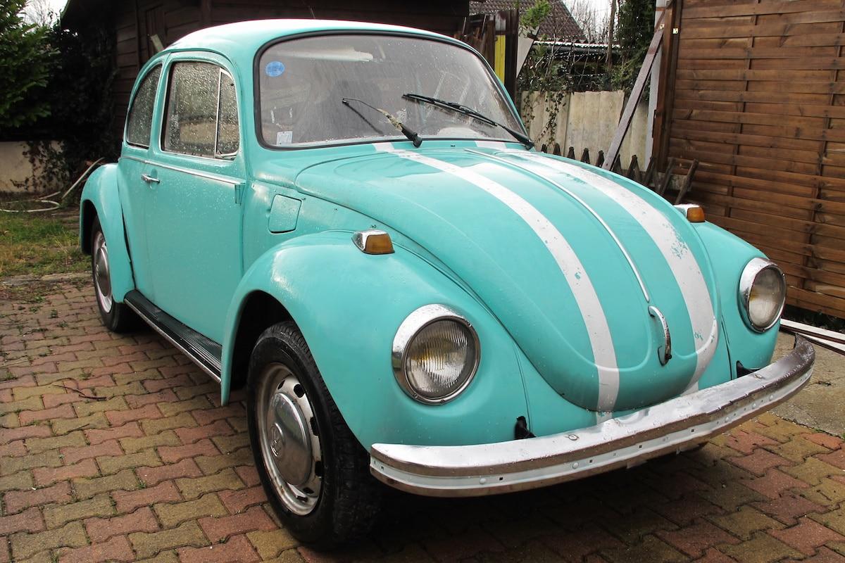 vehicule ancien beetle seventies
